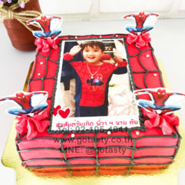 Red photo cake of super hero Spiderman from Marvel with Spiderman  photo decorations
